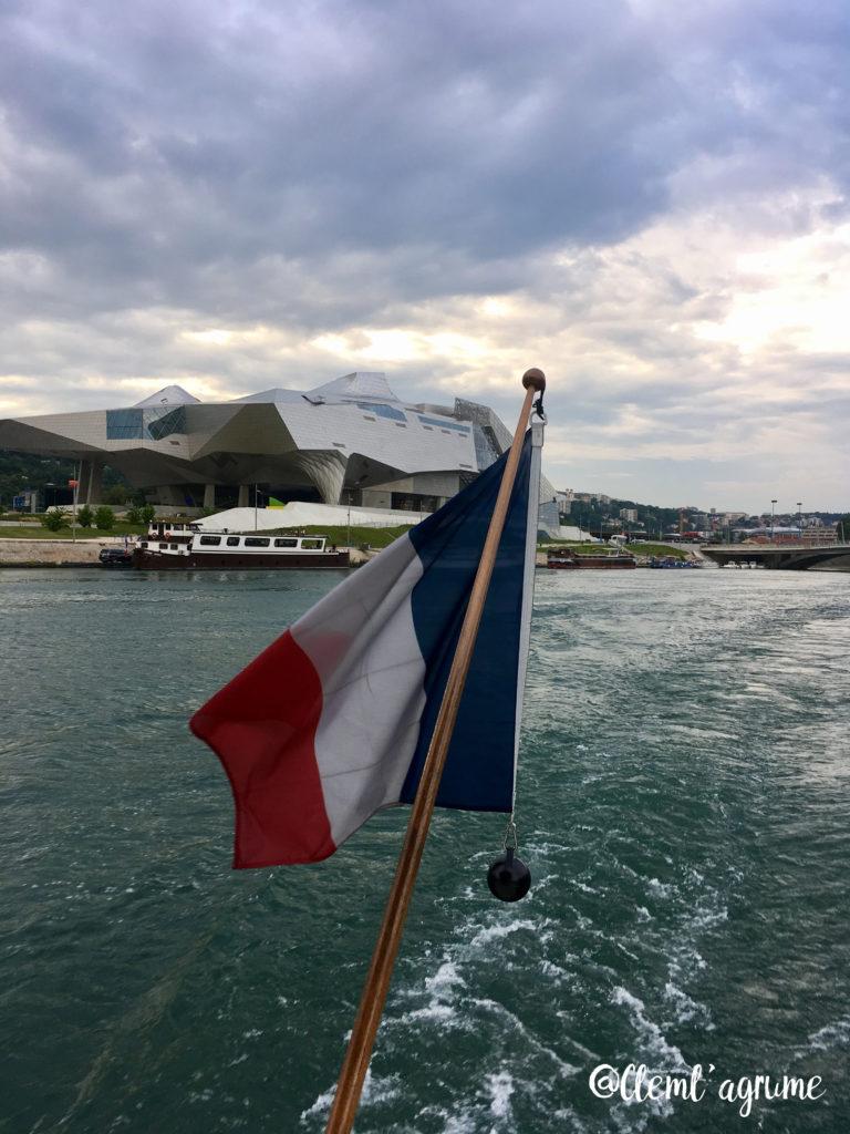 Bon plan apéro été Lyon aperitivo à bord du vaporetto