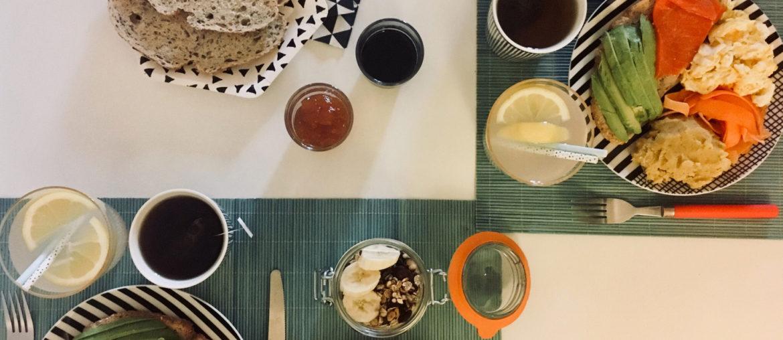 Brunch maison: un menu complet avec des recettes faciles à réaliser